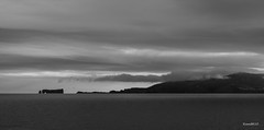 Rocher Percé_A140104 (RiendH2O) Tags: rocherpercé gapésie brume fog mist nb noiretblanc blackandwhite