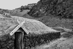 Come in... (Zoom58.9) Tags: house rocks wood living nature bw monochrome europe iceland vestmannaeyjar haus felsen holz leben natur sw europa island sony sonydscrx10m4