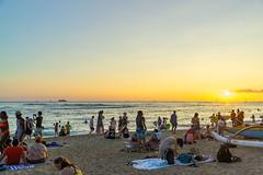 Kuhio Beach Spectacle ll (fate atc) Tags: dukepaoakahanamokustatuepark hawaii kuhiobeach kuniosunsetspectacle pacificocean sunset waikiki water park surfing swimming