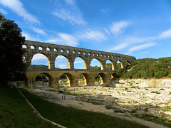 DSCN0305 (alainazer) Tags: pontdugard gard france pont bridge architecture ciel cielo sky