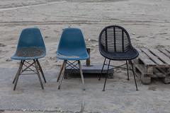 Sit Down (Pieter Musterd) Tags: kijkduin strand eindofseason pietermusterd musterd canon pmusterdziggonl nederland holland nl canon5dmarkii canon5d denhaag 'sgravenhage thehague lahaye stoel chair stoelen