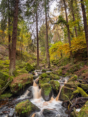 Wyming Brook (little mester.) Tags: wymingbrook sheffield southyorkshire peakdistrictnationalpark water waterfall cascades autumncolour autumn2019