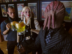 Harley recruiting. (Blondeactionman) Tags: bamhq ammo arms pub diorama dalek sec harley quinn dc spade 5 hot toys phicen damtoys gangsters kingdom one six scale action figure doll photography