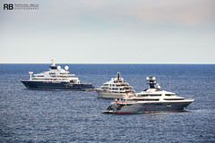 Octopus - 126,2m - Lurssen & Here Comes The Sun - 83m - Amels & Tranquility - 91,5m - Oceanco (Raphaël Belly Photography) Tags: raphael rb raphaël photography boat photographie yacht belly ship ships vessel yachts bateau superyacht my sea mer m motor meters vessels white octopus meter 126 lurssen 126m lürssen bleu bianca blanche bianco blanc bleue blue here imo mmsi 1007213 319866000 sun cream comes 83 crème the amels 83m yellow jaune beige tranquility 92 equanimity oceanco 91m 319059800 1012414 319105500 1012086