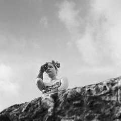 Murallas, Cartagena (RoryO'Bryen) Tags: roryobryen copyrightroryobryen colombia colombie cartagenadeindias cartagena caribbeancoast caribe anabasis cloudsonthehorizon nubesenelhorizonte mediumformat formatomedio film analoguephotography analogue latinamerica latinoamérica viajeporelríomagdalena kodaktrix rolleiflex28d