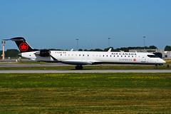 C-GJAZ (Air Canada EXPRESS - JAZZ) (Steelhead 2010) Tags: yul aircanada aircanadaexpress creg bombardier crj crj900 cgzaz