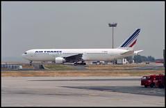 F-GHGG - Paris Charles de Gaulle (CDG) 13.07.1994 (Jakob_DK) Tags: b763 b767300er boeing boeing767 767 b767 767300 b767300 boeing767300 767300er boeing767300er lfpg cdg parischarlesdegaulle aéroportparischarlesdegaulle roissycharlesdegaulle roissy afr airfrance 1994 fghgg