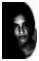 Guardami dentro. (MioGiovannie) Tags: portraitart portraitig portrait blackandwhite black woman artistacontemporaneo art artistic arte photography photographe photoart