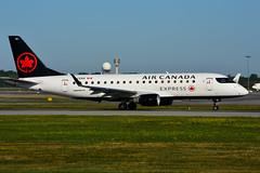 C-FEKH (Air Canada EXPRESS - Sky Regional) (Steelhead 2010) Tags: yul aircanada aircanadaexpress creg