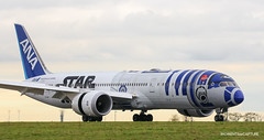 Boeing 787-9 All Nippon Airways - Star Wars R2-D2 Livery (Moments de Capture) Tags: boeing 7879 787 ana allnipponairways starwars starwarsr2d2livery ja873a aircraft plane avion aeroport airport spotting lfpg cdg roissy charlesdegaulle onclejohn canon 5d mark3 5d3 mk3 momentsdecapture