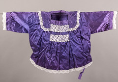 Sonora Mexico Yaqui Blouse Clothing (Teyacapan) Tags: ropa mexican clothing sonora blusa yaqui museum textiles