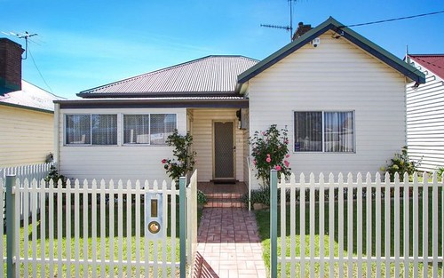 143 Taylor Street, Armidale NSW 2350