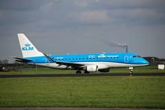 PH-EXN AMS 2019-10-19 (01) (Michael Huising) Tags: aviation planespotting eham ams schiphol polderbaan taxiway klm royaldutchairlines boeing dreamliner 737 747 777 787 airbus a330 embraer queenoftheskies