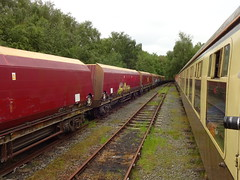 Walton Old Junction Yard (ee20213) Tags: thecurveyweaver dbcargo disusedrailways freightonly waltonoldjunctionyard mk1 ukrailtours hta