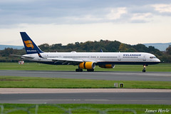 Icelandair TF-FIX B757-300 at Manchester Airport 22-10-19 (JH Aviation and Railway Photography) Tags: airliner airport aircraft aviation airways airlines aviationviewingpark avp egcc manchester manchesterairport southside jetliner jet jets