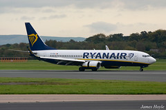 Ryanair EI-FOA B737-800 at Manchester Airport 22-10-19 (JH Aviation and Railway Photography) Tags: airliner airport aircraft aviation airways airlines aviationviewingpark avp egcc manchester manchesterairport southside jetliner jet jets