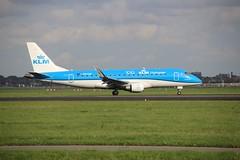 PH-EXS AMS 2019-10-19 (Michael Huising) Tags: aviation planespotting eham ams schiphol polderbaan taxiway klm royaldutchairlines boeing dreamliner 737 747 777 787 airbus a330 embraer queenoftheskies