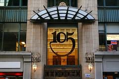 105 W Madison, Chicago (Cragin Spring) Tags: city chicago chicagoillinois chicagoil illinois il midwest urban unitedstates usa unitedstatesofamerica downtown downtownchicago loop chicagoloop 105wmadison architecture building window 105