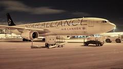 P3161889-2 TRUDEAU (hex1952) Tags: yul trudeau canada aircanada airbus a330 staralliance cghlm a330343x