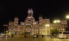 Ayuntamiento de Madrid - Nocturna. (EduOrtÍn.) Tags: ayuntamiento plaza nocturna edificio madrid calle