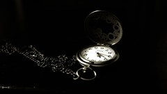 #Clock - 7595 (✵ΨᗩSᗰIᘉᗴ HᗴᘉS✵85 000 000 THXS) Tags: clock old friends blackandwhite look photo europa belgium time noiretblanc be aaa montre namuroise party eu fr interest flickering clairobscur greatphotographers yasminehens lanamuroise