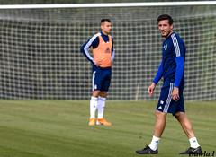 Sonrisa del central (Dawlad Ast) Tags: real oviedo club de futbol entrenamiento trainning requexon octubre 2019 asturias españa soccer deporte sport cristian fernandez bolaño bolaños