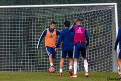 Joselu pisando el balon (Dawlad Ast) Tags: real oviedo club de futbol entrenamiento trainning requexon octubre 2019 asturias españa soccer deporte sport joselu moreno