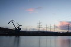 Dämmerung in einem Industriehafen (mkirstefoto) Tags: deutschland dämmerung europa fluss hafen industrie kran marl nordrheinwestfalen strommasten