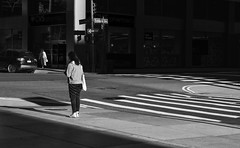 Intersection (Kenneth Laurence Neal) Tags: newyorkcity cities cityscape urban noir street streetphotography blackandwhite blackdiamond monochrome monotone nikon nikond7100 people intersection shadows contrast