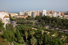 Jardines de Pedro Luis Alonso (mkirstefoto) Tags: andalusien europa jardinesdepedroluisalonso málaga palmen park parquedemálaga spanien wohnsiedlung