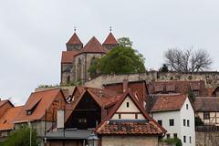 Fachwerkhäuser am Schlossberg in Quedlinburg (mkirstefoto) Tags: altstadt deutschland europa quedlinburg sachsenanhalt schlossberg
