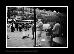 Les artistes (Pollini Photo Laboratory) Tags: marcopollini polliniphotolabcom fotografiaurbana streetphotography leica leicamp summarit 35mm blackwhite bianconero monocrome paris parigi france