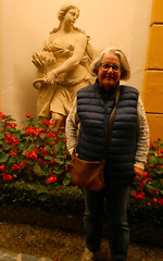 Two Beauties (RobW_) Tags: ritsa statue villadeste cernobbio lake como lombardy italy monday 14oct2019 october 2019