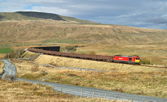 Tugging The Gypsum At Ribblehead. (Neil Harvey 156) Tags: railway 60020 thewillows ribblehead settletocarlislerailway gypsumtrain 6e97 monsterboxes mba class60 dbcargo dbschenker tug