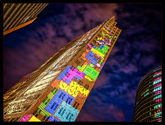 Einstürzende Neubauten (Silke Klimesch) Tags: berlin germany deutschland festivaloflights 2018 potsdamerplatz kollhofftower windowwednesday hww humpday einstürzendeneubauten hanskollhoff kollhoffundtimmermannarchitekten dbtower forumtower illumination art tower highrise skyscraper light lightshow architecture clouds stars heurebleue horaazul orablu bauweuur blåtimmen blåtime błękitnagodzina ブルーアワー 블루아워 mavisaat sininenhetki sininetund modráhodina sinikodvaine режимноевремя olympus omd em5markii panasonic lumixg lumix panasoniclumixg14mmf25asl