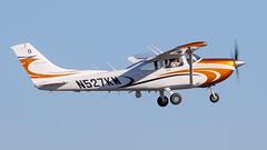Cessna 182T Skylane N527KM (ChrisK48) Tags: skylane ngresearch 2010 cessna182t n527km kdvt aircraft phoenixaz airplane dvt phoenixdeervalleyairport