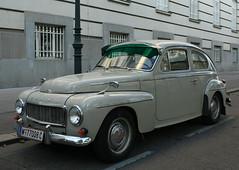 Volvo PV544 (Wolfgang Bazer) Tags: volvo pv544 pv 544 buckelvolvo auto limousine fastback sedan car oldtimer wien vienna österreich austria katerrug