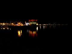Night Swimming (Bricheno) Tags: ferries reflections rothesay bute isleofbute clyde island harbour bay estuary firth firthofclyde night bricheno scotland escocia schottland écosse scozia escòcia szkocja scoția 蘇格蘭 स्कॉटलैंड σκωτία