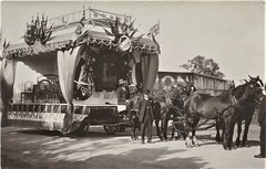A. PENGELLY & CO PATRIOTIC FLOAT IN ADELAIDE, S.A. -  1915 (Aussie~mobs) Tags: southaustralia vintage adelaide 1915 patriotic float descorations parade celebrations trambuilder apengellyco furnituremaker horsedrawn ww1