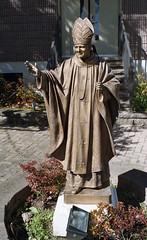 Carmelite Monastery (neilsonabeel) Tags: nikonfm2 nikon brooklyn newyorkcity nikkor statue monastery film analogue
