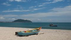 Fishing time (Nightgoose) Tags: boat barco pesca fishing praia beach sea mar nuvem cloud