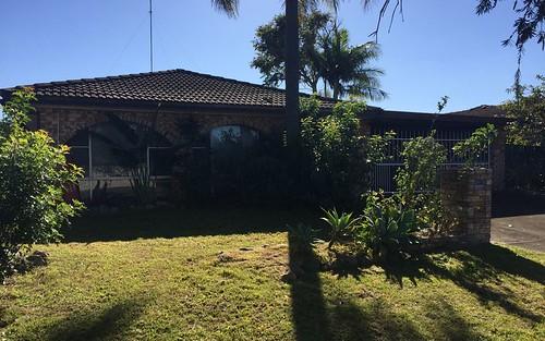 7 Inveray Avenue, Benowa QLD 4217