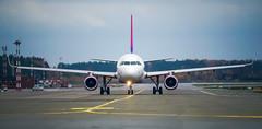 Riga Airport spotting Oct 2019 (Sergey Melkonov) Tags: red avgeek aviofotolv rix spotting planespotting rigaairport airbaltic sony a99m2 ilcaa99m2