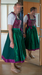 Bart-8321-bewerkt.jpg (Brit aka Vintage Apron Lover 72) Tags: dress dirndl