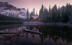Emerald Lake (Toni_pb) Tags: canadianrockies canada rockies emeraldlake emerald nikkor1424f28 nature nikon nikond850 d850 landscape seascape sky sunset snow winterscape winter wild reflection reflejo invierno