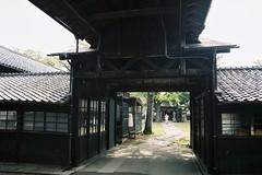 The gate (しまむー) Tags: pentax mz3 smc a 28mm f28 kodak gold 200 北海道&東日本パス 普通列車 local train trip east japan