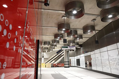 Tottenham Court Road Station _327692 (Crossrail Project Press Images) Tags: crossrail woolwich whitechapel tottenham court road route control centre romford paddington maintenance management plumstead liverpool street farringdon canary wharf bond station testing comissioning
