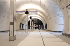 Tottenham Court Road Station _327689 (Crossrail Project Press Images) Tags: crossrail woolwich whitechapel tottenham court road route control centre romford paddington maintenance management plumstead liverpool street farringdon canary wharf bond station testing comissioning