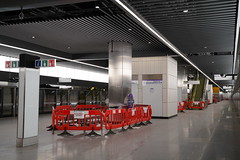 Canary Wharf Station_325443 (Crossrail Project Press Images) Tags: crossrail woolwich whitechapel tottenham court road route control centre romford paddington maintenance management plumstead liverpool street farringdon canary wharf bond station testing comissioning