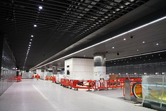 Canary Wharf Station_325418 (Crossrail Project Press Images) Tags: crossrail woolwich whitechapel tottenham court road route control centre romford paddington maintenance management plumstead liverpool street farringdon canary wharf bond station testing comissioning
